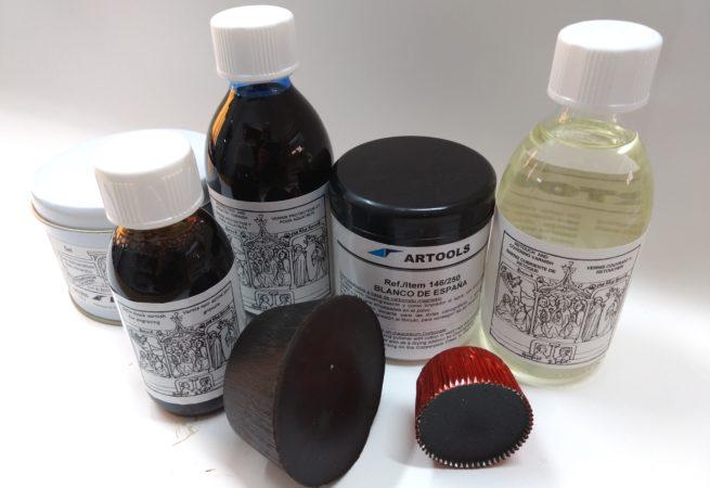 Tintes, barnices, ceras y aceites